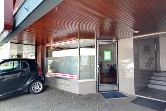 Schaufenster & Eingang