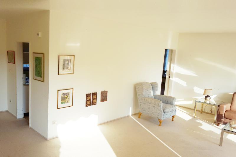 Zugang zur Küche und Esszimmer