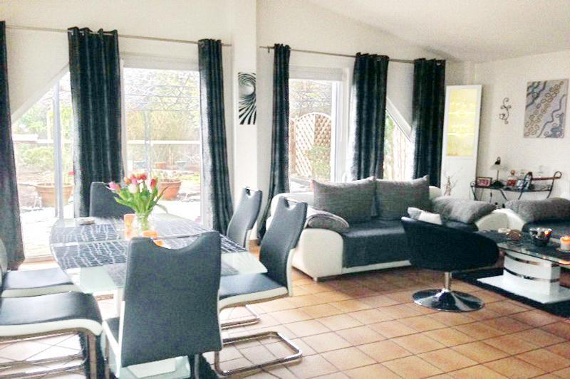 Wohn- und Essbereich Wohnung 2