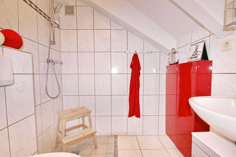 Duschbereichbadezimmer