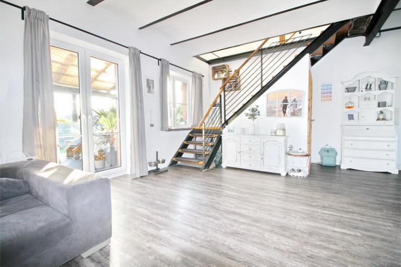 Terrassenzugang und Treppenaufgang